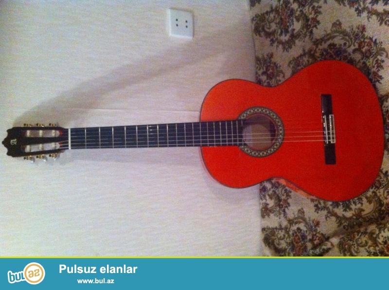 Ispaniya istehsali. Alhambra F4