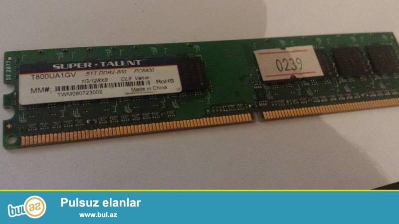 ddr 2 ram  1 GB pc2 6400-2 ədəd<br />\r\n<br />\r\nYaxşı işləyir heç bir problemi yoxdur...