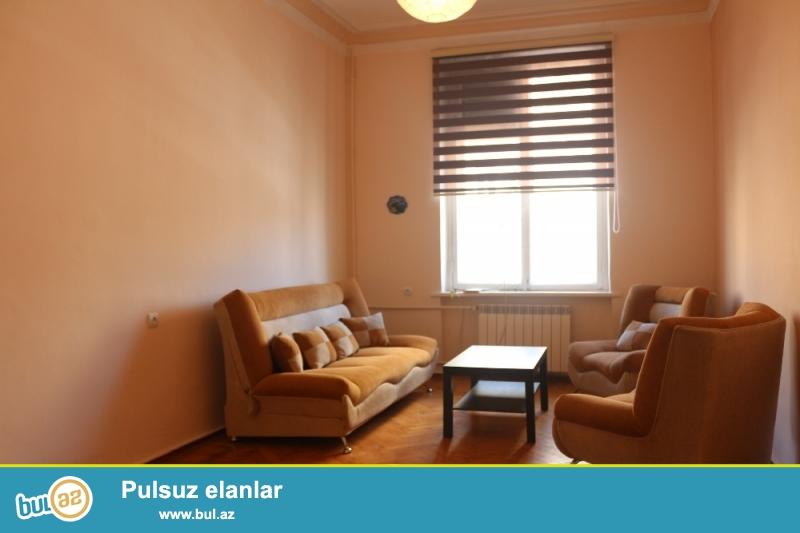 Yasamal Rayonu Prospekt Azeribaycan Şaurma1-Re Yaxin 4/2–Si 2otaqli Ümümi Sahesi 45Kv...