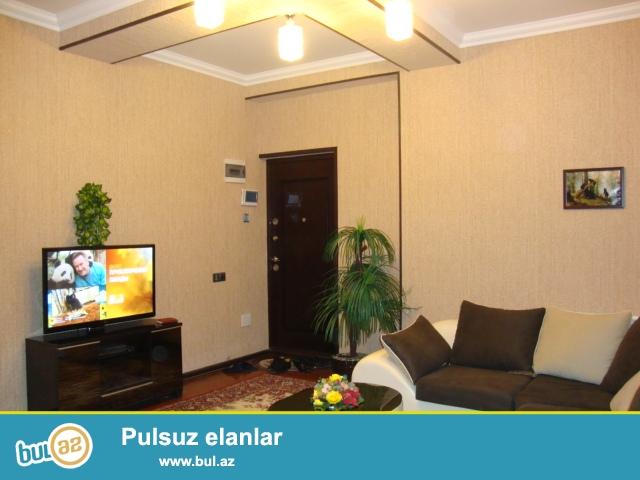 Nizami r-nu Neftçilər metrosu yaxınlıqında Qazı və Kupçası olan yeni tikilidə mərtəbəsi 14/9-u sahəsi 69 kv...