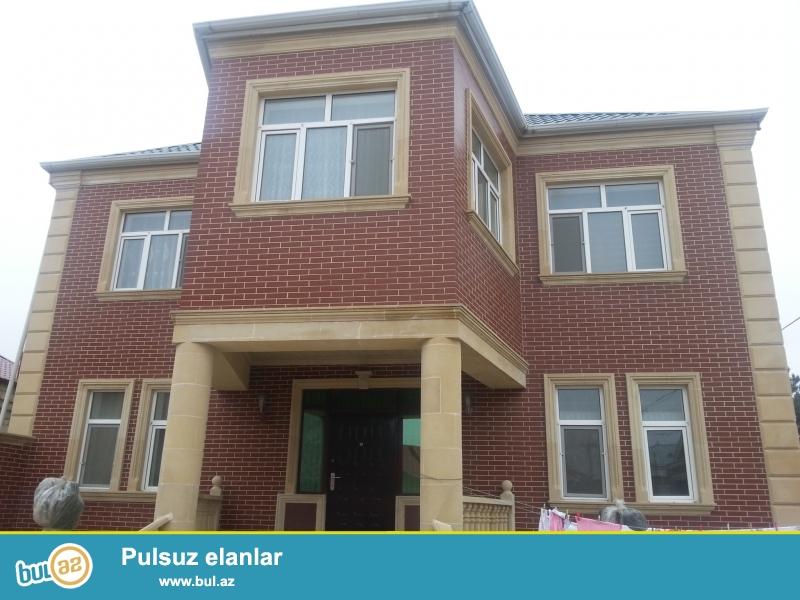 В Хазарском районе,в поселке Бина срочно продается 2-ух этажная дача,расположенная на 4,5 сотках...