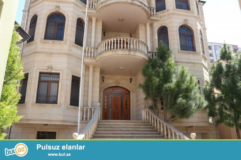 Nərmanov Rayonu İbrahimpaşa Dadaşov küçəsi yaxinliginda 3 mertebeli Villa İcarəyə Verilir...