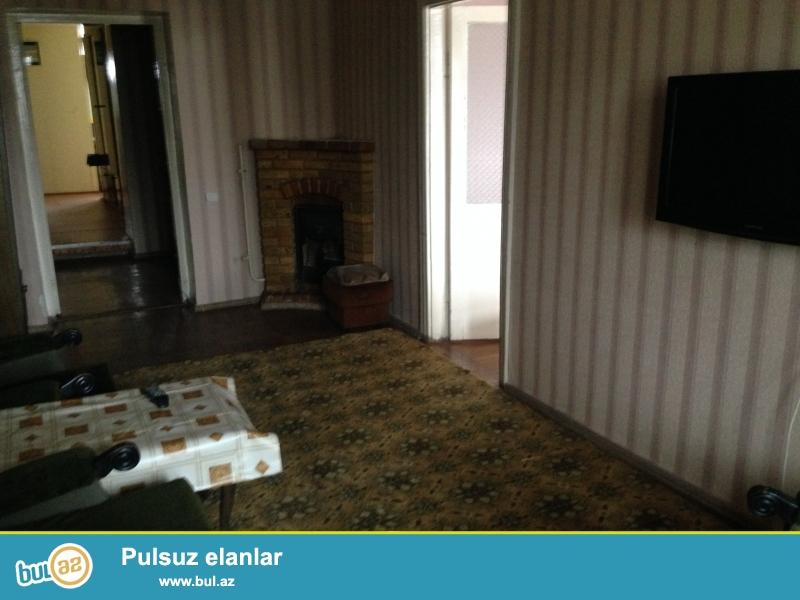 Продается 3-х комнатная квартира ,в Насиминском районе, около 5 мертебя ,по улице А...