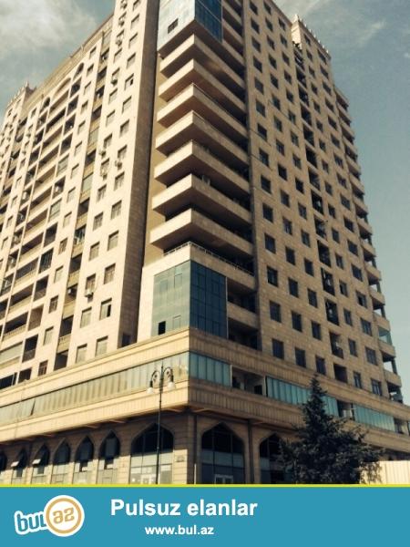 """Очень срочно в Наримановском районе,около метро Нариманова в новостройке """"SWEET HOUSE МТК"""" продается 2-ух комнатная квартира переделанная на 3 комнаты..."""