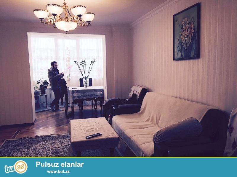 В Наримановском районе,около метро Гянджлик очень срочно сдается 3-ех комнатная квартира...