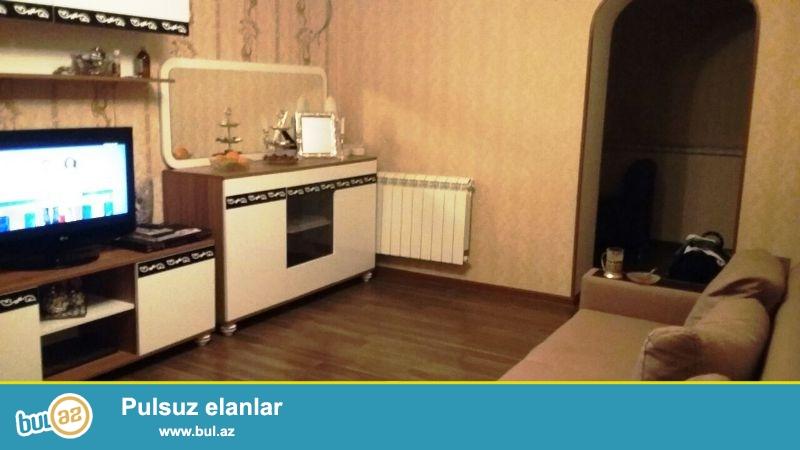 По улице Р.Бейбутова,около школы №8 очень срочно продается 1-о комнатная квартира,переделанная на 2 комнаты...