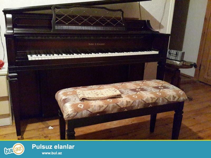qehveyi rengli belarus ve amerika istehsali  olan royal pianino ...