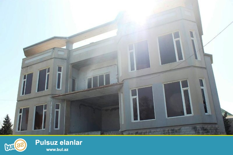 В Хазарском районе,в поселке Шувалан очень срочно продается 2-ух этажная двчв,расположенная на 28 сотках приватизированной земли...