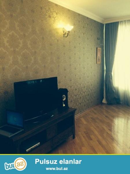 Очень срочно! Сдается  3-х комнатная квартира площадью 158 квадрат на Тбилийском проспекте  в элитном комплексе *Азинко*  14/17 , квартира с евроремонтом,    обставленная  дорогой  мебелью, с  большим  балконом  ,  свет, вода постоянно...