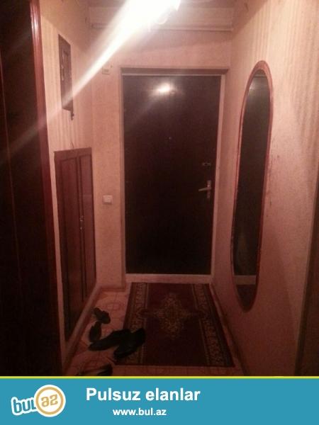 В Ясамальском районе около ЦСУ очень срочно продается 3-ех комнатная квартира ...