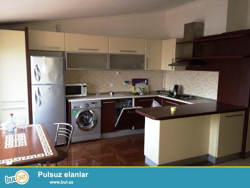 В Хатаинскои районе , около метро Хатаи , сдается 2-ух комнатная квартира ...