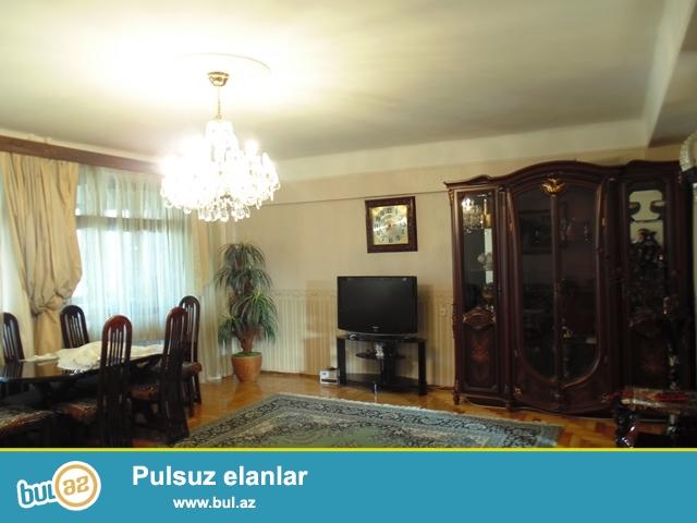Около посольства  США  сдаётся 2-х комнатная квартира с отличном ремонтом...