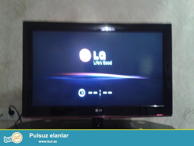 LG 82 ekran plazma. 4 ayin televizorudur. Hec bir problemi yoxdur...