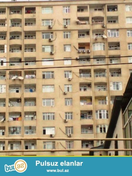 В Насиминском районе,около Мед Университета срочно сдается 3-ех комнатная квартира...