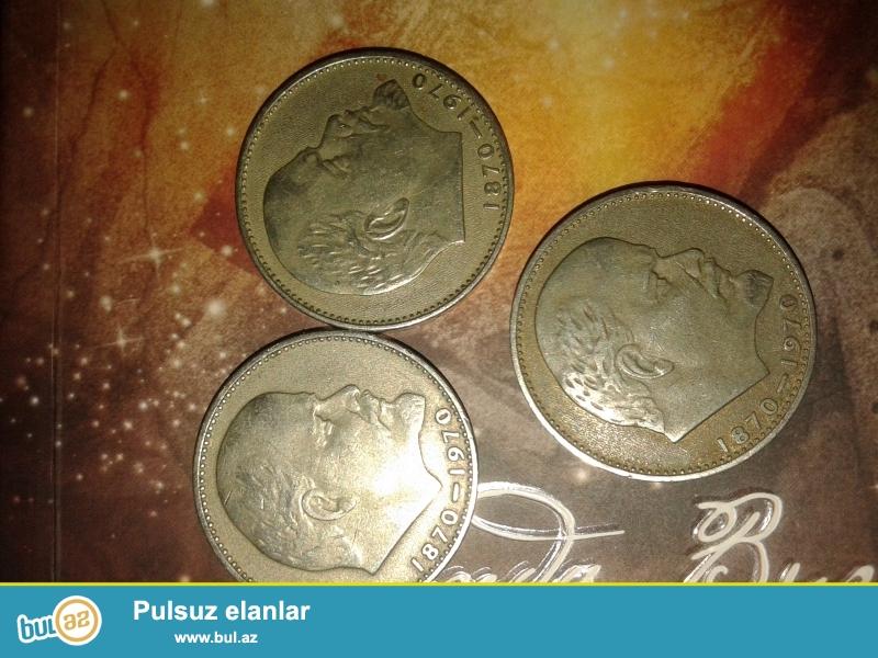 Leninin 100 illiyi münasibəti ilə dövriyyəyə buraxılmış 1 rubllar var...