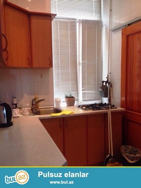 На Торговой , за ИСР Плазой очень срочно продается 1-о комнатная квартира , переделанная на 2 комнаты ...