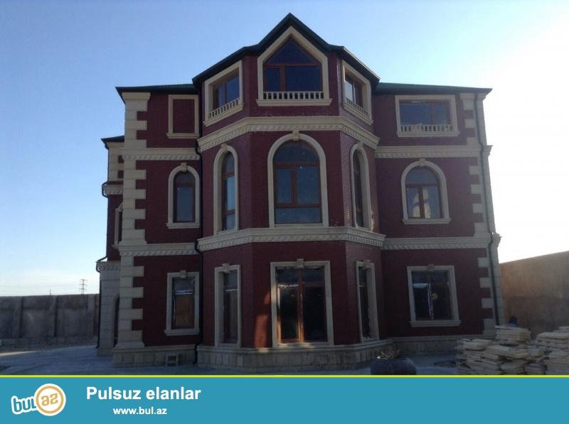 В поселке Мардакян,около моря очень срочно продается 2-ух этажная мансардная дача...