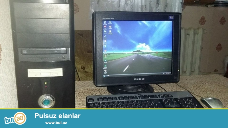Təcili Satılır!!!<br /> Stol üstü kompyuter.(50AZN)<br /> Parametrlər: <br /> Processor İntel Celeron 2...