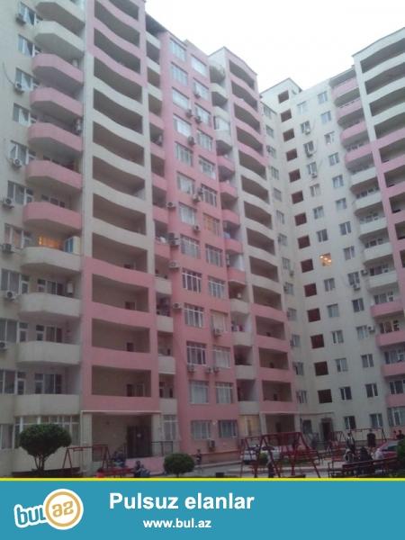Продается 2-х комнатная квартира переделанная в 3-х комнатную, по проспекту Тбилиси, 13/14, общая площадь 76 кв...
