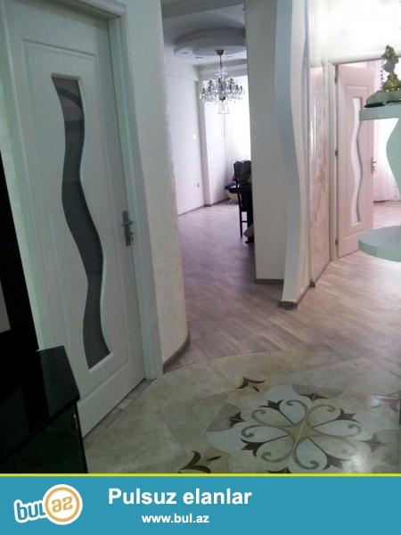 Очень срочно! В элитном комплексе *ШАРУР МТК*  на Иншаатчылар   продается 2-х комнатная квартира  нового строения   7/14, площадью  75   квадрат...