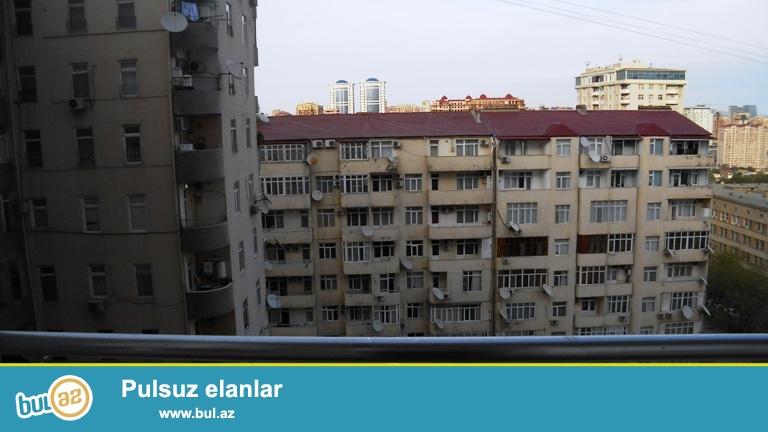 Nizami   metrosu  və  Caspian  Plaza  biznes  mərkəzinin  yaxınlığında  3  otaqlı  mənzil  kirayə   verilir...
