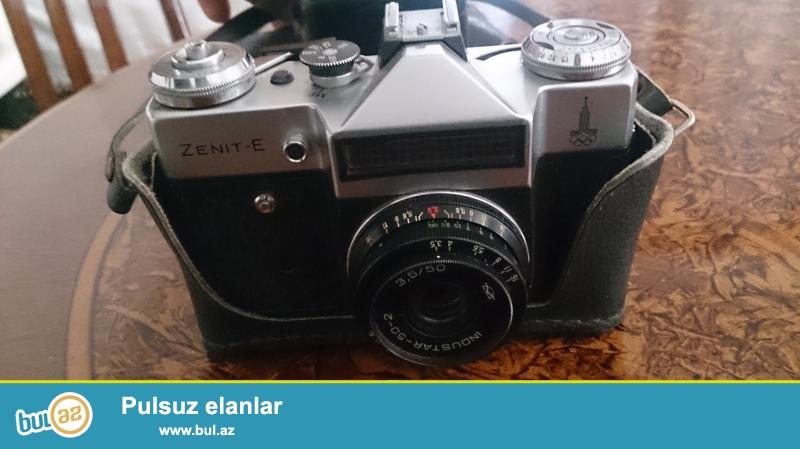 Tecili . Zenit Antikvar fotoaparati satiram ishledilmeyib tezedir ...