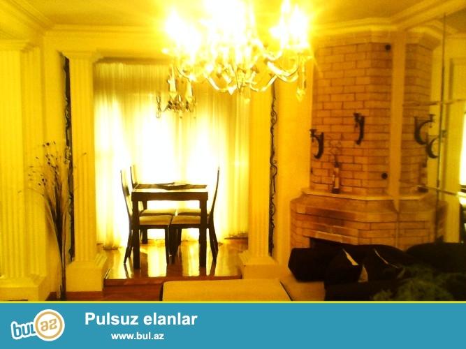 Уникальное предложение!Продается 2-х комнатная квартира в центре города, по проспекту Строителей, рядом с ЦСУ...