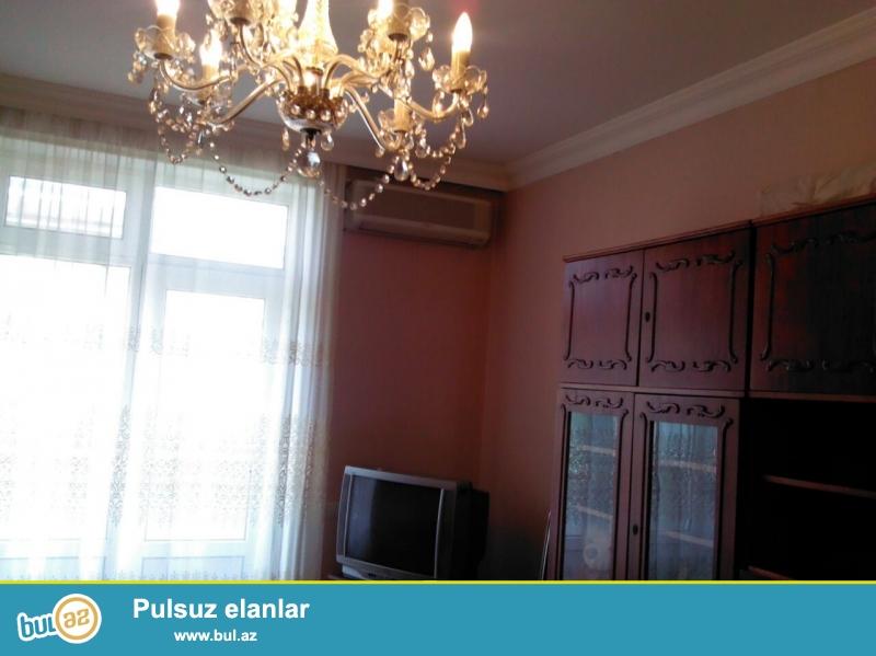 Cдается 2-х комнатная квартира в центре города,по проспекту Азадлыг, рядом с Американским посольством...