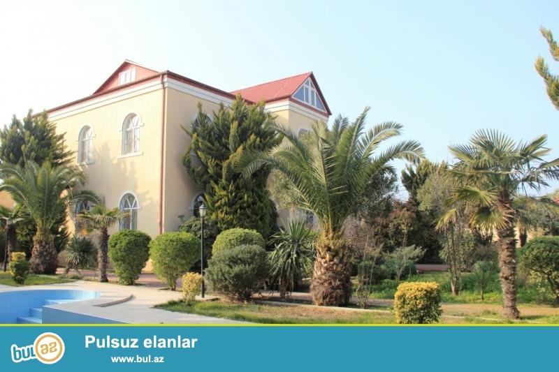 В Хазарском районе,в поселке Мардакян сдается 2-ух этажная дача площадью 300 кв...