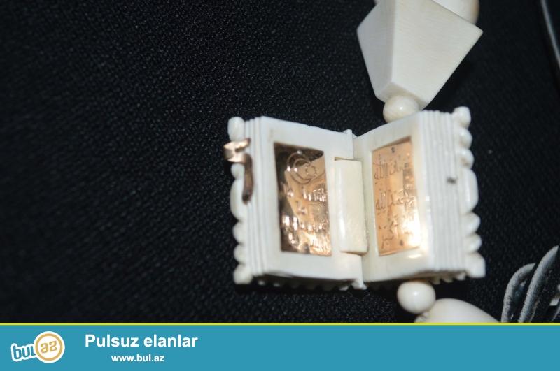 Antikvariat sevənlərin nəzərinə: Əlimdə Mamont dişindən Təsbeh var...