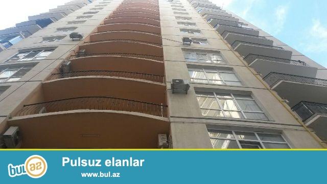 Сдается  2-х  комнатная   квартира   около  метро  Хатаи ,  16/10   этаж,  общая  площадь  80  кв...