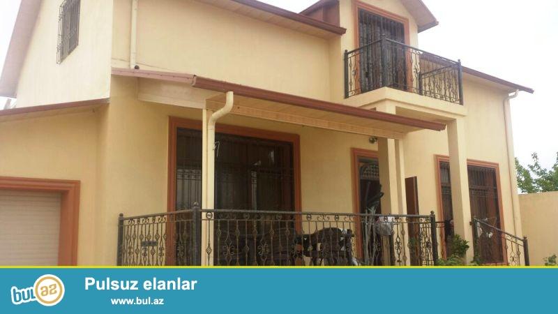 Очень Срочно!В поселке Шаган,около Мардакянах продается 2-ух этажная,много комнатная дача с мансардой,расположенная на 8 сотках приватизированной земли...
