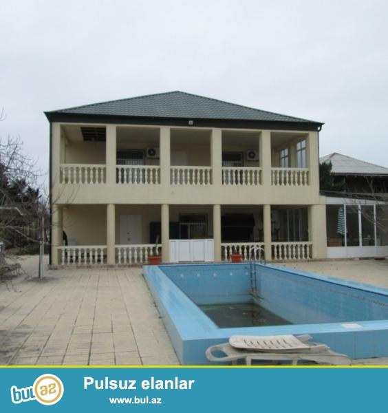 **РУФАТ*АЙНУР**    Продается    загородный   дом  с   городскими   условиями   проживания   в  Бильгя,    недалеко   от    моря,  дороги асфальтированны,   24   сот   приватизированной   земли,    2-х    эт...