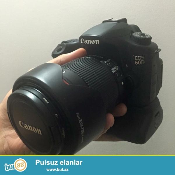 Canon 60D Satıram.<br /> - 18-135 mm obyektiv<br /> - Battery Grip<br /> - Blenda<br /> - Çanta<br /> - 4GB card<br /> <br /> Karopkası və hər şeyi originaldi...