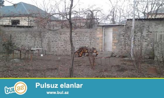 Zaqatala seherinde, Bazarin ve avtovaqzalin yaxinliginda 3 sot torpaq sahesi satilir...