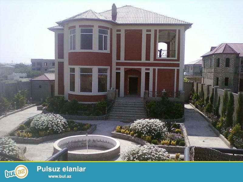 Продается 2-х этажная дача в Пиршагах,в 10 минутах от моря,расположенный на 14 сотах земли,505 кв...