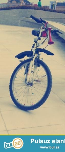 26-lıq Olimpya velosipedi di. Ela veziyyetdedi. Hec bir problemi yoxdur...