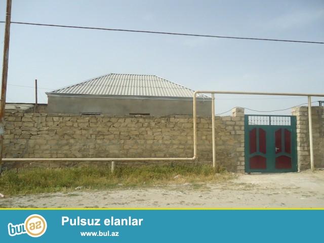 Ilyas Sabunçu rayonu Maştağa qəsəbəsi Pajarnını yanı 168-145 №li marşurutun dayanacağına yaxın ərazidə  1...