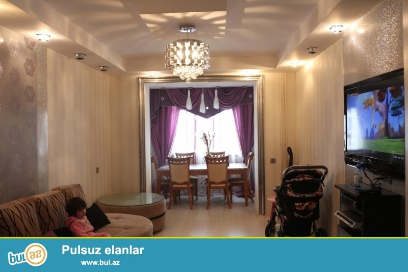 DƏYƏRİNDƏN AŞAĞI!!! Binəqədi rayonu, Biləcəri qəsəbəsi, Dəmiryol poliklinikası yaxınlığında 4/5 ümumi sahəsi 55 kv...