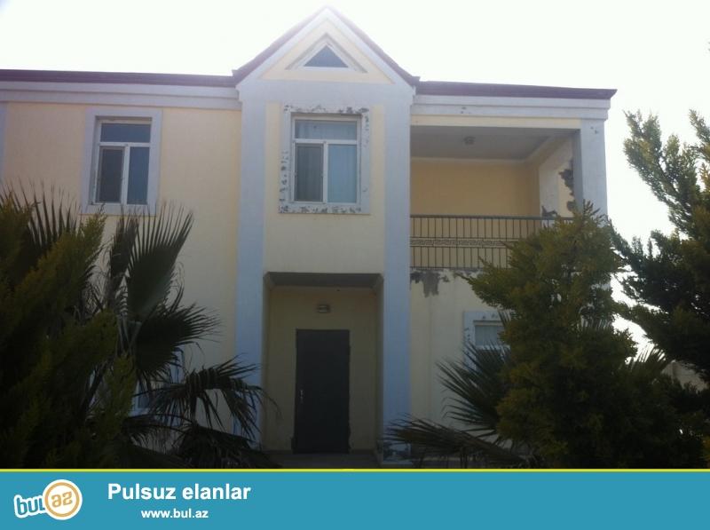 Для очень солидных клиентов! В поселке Шувалан - Маяк  неподалёку от моря  продается 2-х этажный , площадью  220 квадрат, 4-х комнатный  частный дом, расположенный на 18 сотках земли...