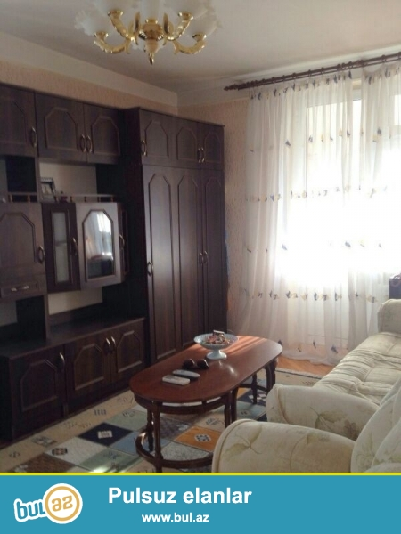 """Cдается 2-х комнатная квартира в центре города,по проспекту Строителей, рядом с магазином """"Олимп""""..."""