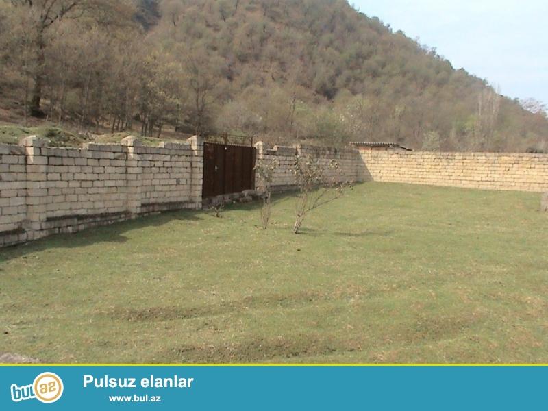 Həftuni  (İsti-su sanatoryası yaxınlığında yerləşən)  qəsəbəsində 9 sot torpaq sahəsi satılır ...