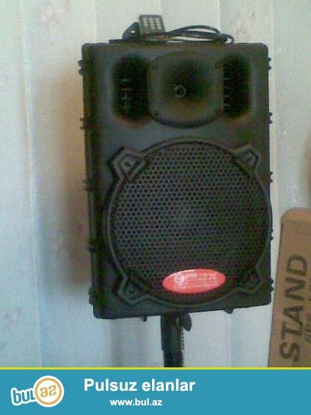 sd , filesle isleyen aparaturalar var , ses effektleri ustundedi ...