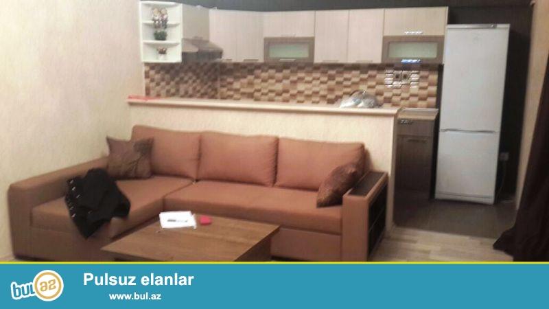 """Новостройка! Продается 2-х комнатная квартира переделанная в 3-х в районе Ени Ясамал, рядом с """"Бизим"""" маркетом..."""