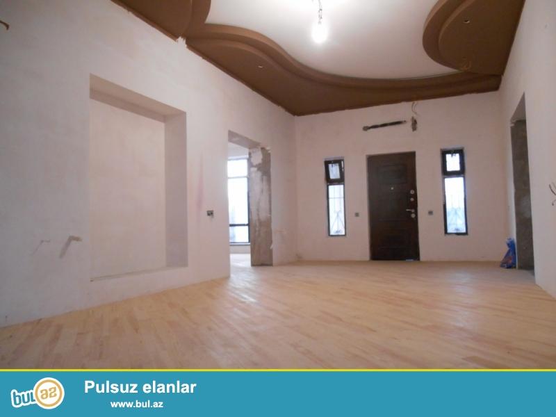 **РУФАТ*АЙНУР**    Продается   новопостроенная  дача-дом   в   Шувелан,   по   дороге   к   Маяку, расположенная   на   12-ти   сотах,   строили   для себя,   1 -но   этажный   дом,   250 кв...