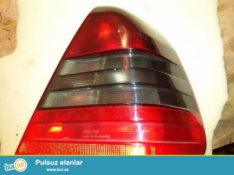 Mercedes W202 ucun arxa stop,yaxsi veziyyetdedir
