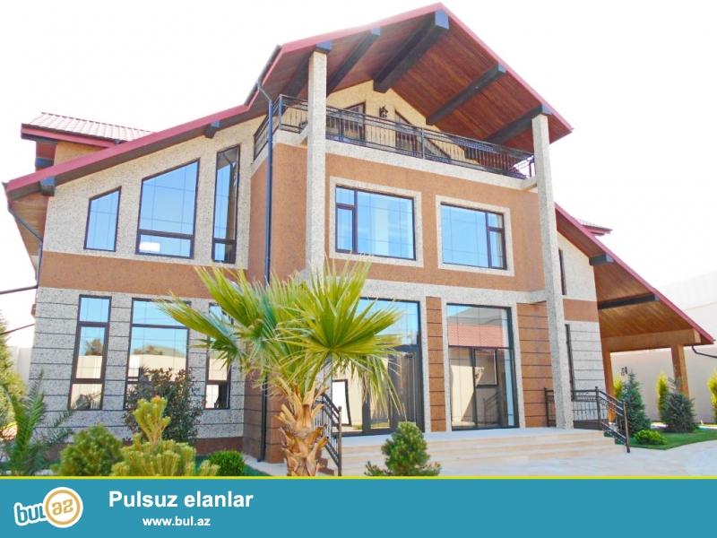 **РУФАТ*АЙНУР** ЭКСКЛЮЗИВ! Впервые на рынке! Продается загородный дом в стиле модерн на трассе Баку-Загульба, место отличное, дом 3х этажный, 400 кв...