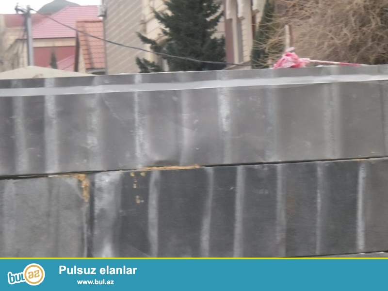 Nerimanov heykəlinin yaxınlığında,3 blok 18 mertebeyə paket sənədlə 45 sot torpaq satılır- 16 mln manat – 4500 kv...