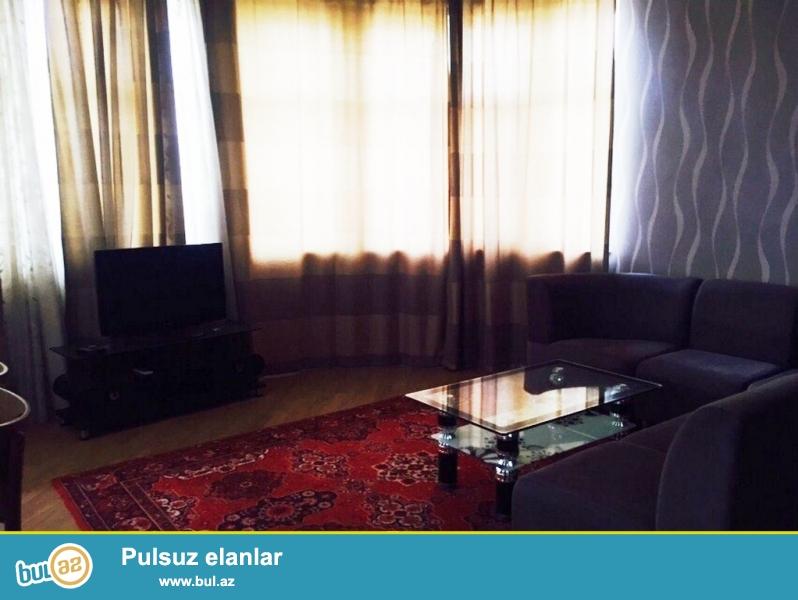 """Очень срочно! Сдается в аренду  3-х комнатная квартира площадью  120  квадрат на Тбилийском проспекте  в """"Chirag plaza"""" 5/20 , квартира с евроремонтом,    обставленная  дорогой  мебелью, с  большим  балконом  ,  свет, вода постоянно..."""