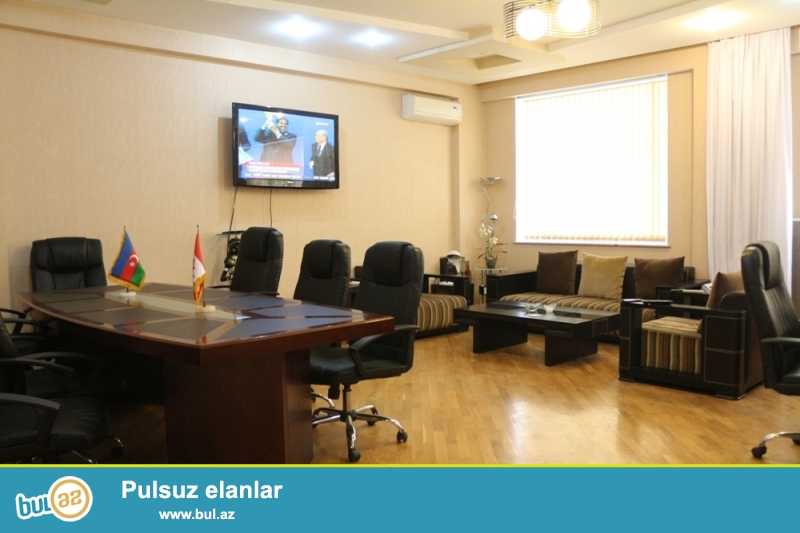 Yasamal Rayonu 6-ci paralelni Casbian Plazaya yaxin 16/2 Ümumi sahəsi 135 Kv...